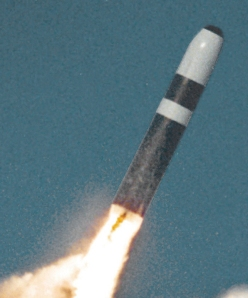 Trident_II_missile_cropped