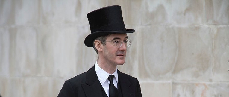 jacob-rees-mogg-in-top-hat-wide-shot-e15