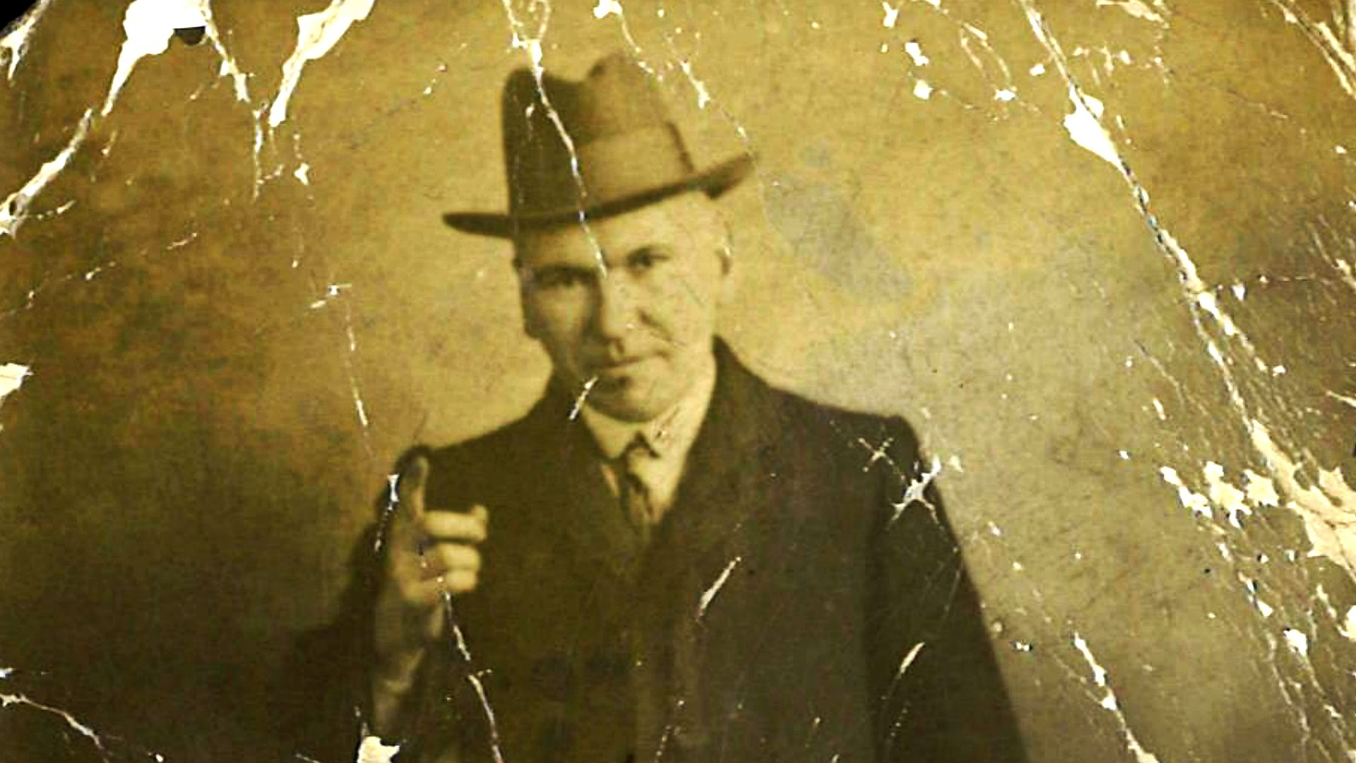 john maclean-finger point-large-aged